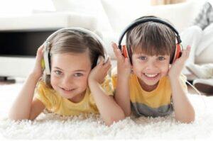 Dino Lingo chansons langues étrangères en ligne pour enfant